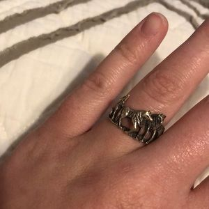 Sterling Silver Wolf Ring